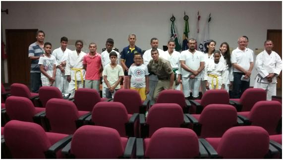 karate-lutando-pela-cidadania-02